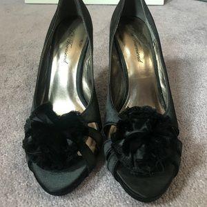 lulu townsend black heels